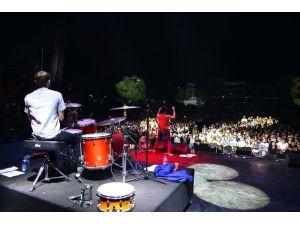 Nilüfer Müzik Festivali, Maximo Park ile doruğa çıktı