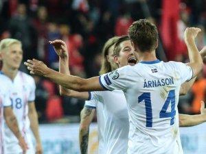 İzlanda ve Sırbistan finallere katılma hakkı kazandı