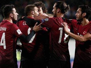 A Milli Futbol Takımı Finlandiya ile 2-2 berabere kaldı