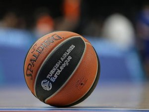 Anadolu Efes THY Avrupa Ligi'nde perdeyi açıyor