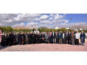 Başkan Altay, şehit aileleri ile bir araya geldi