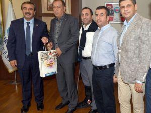 Çetin'den Demirspor'a yardım