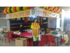 Malatya Tanıtım Günleri'nde Evkur Yeni Malatyaspor standına yoğun ilgi