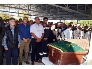Aliağa'daki patlamada vefat eden Karademir son yolculuğuna uğurlandı