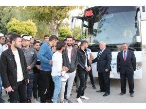 Karaman Emniyeti, üniversite öğrencileri için Çanakkale ve Bursa gezisi düzenledi
