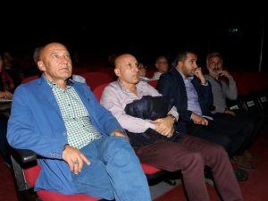 Beyaz perdenin efsane filmi Kasabanın Sırrı Kartal'da sinemaseverler ile buluştu