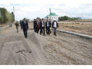 Malazgirt Belediyesinden yol yapım çalışması
