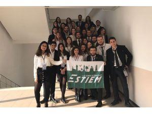 Avrupa'nın geleceğine İzmir Ekonomi ev sahipliği yapacak