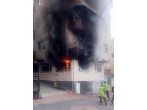 Samsun'da ev yangını korkuttu