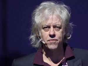 Bob Geldof, Suu Çii ile paylaştığı nişanı iade edecek