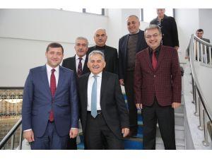 MHP İl Başkanı Ersoy, Melikgazi Belediye Başkanı Büyükkılıç'ı ziyaret etti