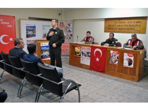 Menteşe'de Jandarmadan okul servis şoförlerine eğitim