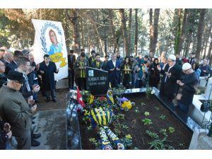 Bombalı saldırıda hayatını kaybeden Berkay Akbaş mezarı başında anıldı