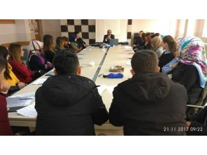 """Tuzluca'da """"10 Soru 1 Ders"""" 1. çalıştayı düzenlendi"""
