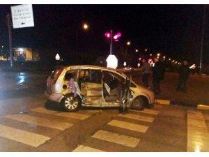 Isparta'da feci kaza: 2 ölü, 3 yaralı