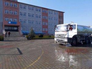 Süleymanpaşa Belediyesi okulları temizledi
