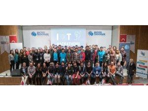 Erciyes Teknopark'ta tasarımcılar 48 saat araliksiz proje geliştirdi