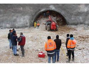 Sertavul geçidinde araçlar için tünel ve viyadük çalışmaları başladı