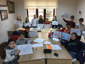 Geleceğin karikatüristleri Kocaeli'de eğitim alıyor