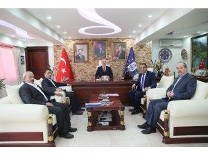Kamil Saraçoğlu, oda başkanlarıyla bir araya geldi