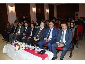 """""""Tuşba'da Fikirler Konuşuyor"""" münazara yarışması start aldı"""