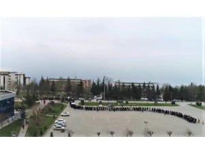 SAÜ öğrencilerinden Zeytin Dalı Harekatına destek yürüyüşü