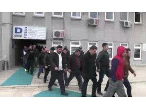 Başkent'te 59 kişinin adreslerine eş zamanlı operasyon