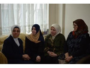AK Parti Genel Başkan Yardımcısı Kan 28 Şubat mağduru ile bir araya geldi