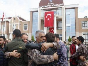 PÖH'ler Antalya'dan Afrin'e tekbirler ve dualarla uğurlandı
