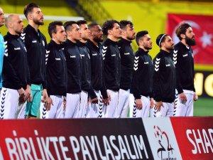 Spor Toto 1. Lig: İstanbulspor: 1 - Grand Medical Manisaspor: 0