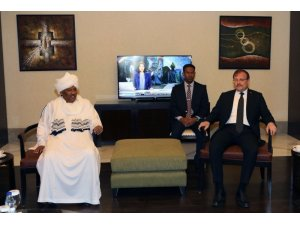 Başbakan Yardımcısı Çavuşoğlu, Sudanlı bakanlarla görüştü