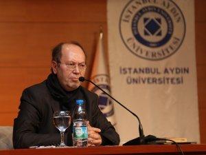 """Yazar Yusuf Kaplan: """"Ezberlerle yaşıyoruz"""""""