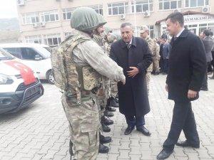 Çermik ve Çüngüş'ten 26 güvenlik korucusu Afrin'e uğurlandı