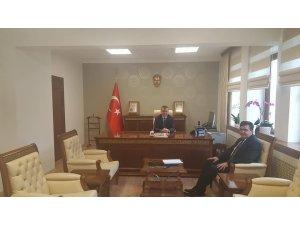 Başkan Yalçın'dan Vali Büyükakın'a ziyaret
