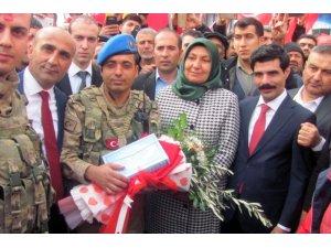 Afrin'e giden özel birliklere çok özel karşılama