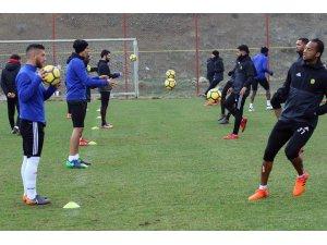Evkur Yeni Malatyaspor, Kardemir Karabükspor maçı için temkinli