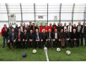 Başkan Kasap halı sahada düzenlenen etkinliğe katıldı