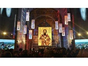 """Lavrov: """"Ukrayna ve Balkanlar'daki Ortodoks kiliseleri siyasete karışıyor"""""""