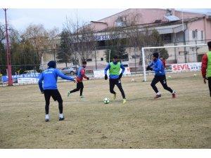 Şuhut Belediye Hisarspor, Yatağanspor maçı hazırlıklarını sürdürüyor