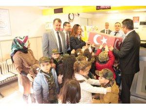 Anaokulu öğrencilerinden Mehmetçiğe moral hediyesi