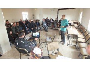 Malazgirt köylerinde hayvan ölümlerine karşı bilgilendirme toplantıları yapıldı
