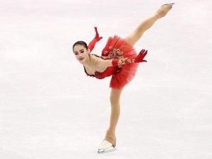 Artistik buz pateni kadınlar serbestte altın madalya Zagitova'nın