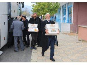Malatya'dan gönderilen kayısılar Mehmetçiğe ulaştı