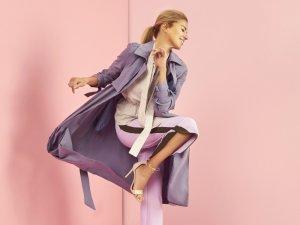 Burcu Esmersoy giyim markası için objektif karşısına geçti