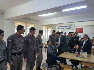 Gördesli engellilerden Mehmetçik'e destek ziyareti