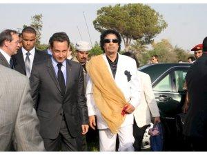 """Sarkozy: """"Kaddafi iddiaları hayatımı cehenneme çevirdi"""""""