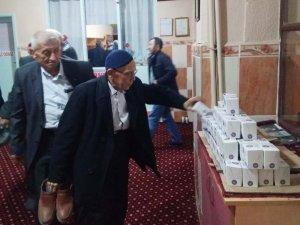 Hisarcık Belediyesi kandil simidi dağıttı