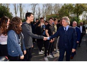 Beyoğlu Belediye Başkanı  Demircan Sarıyer'de öğrencilerle buluştu