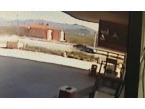 Sanatçı Kabaklı'nın geçirdiği kaza anı kameralarda