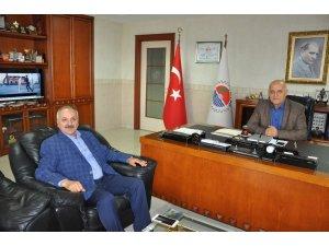 Dinçer'den MTSO'nun yeni başkanlarına tebrik ziyareti